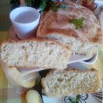 Hleb koji se mesi kašikom