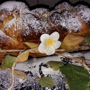 Slatki hleb sa šafranom