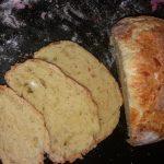 Hleb sa sirom i jajima